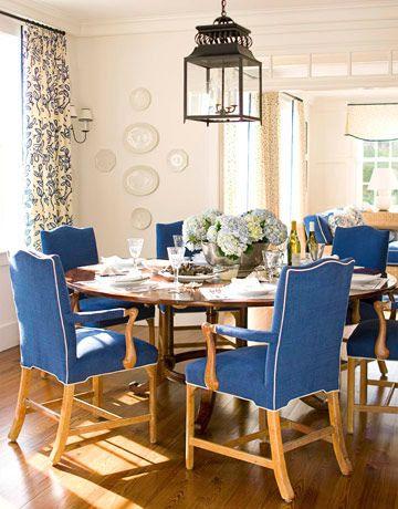 Best 25 blue dining rooms ideas on pinterest dinning for Light blue dining room ideas
