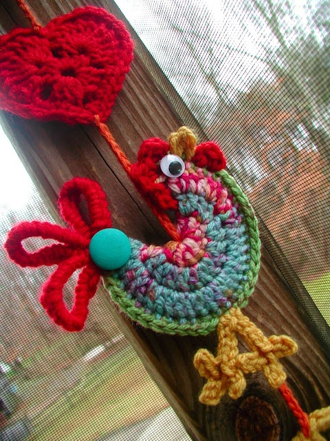 "This little rooster makes me happy! Pattern by Dawn Sparks from Fiddlesticks, ""buckster"" on Etsy"