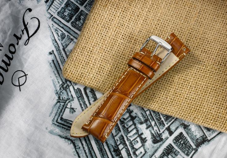 Cognac leather strap