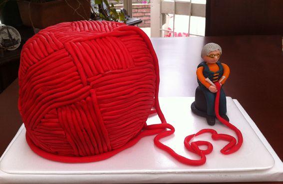 Torta Madeja de Lana, rellena de ganache de chocolate