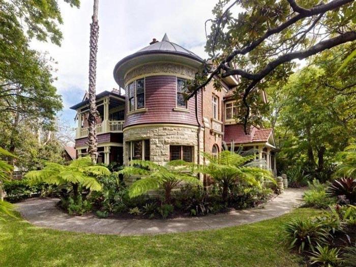 Grand Glebe Point Road Mansion
