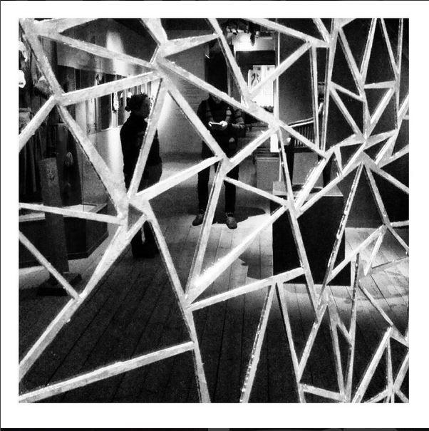 #mirror #triangle #geometric