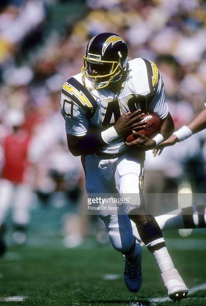 Running back Gary Anderson #40 of the San Diego Chargers  Anderson played for the Chargers from 1985-88.