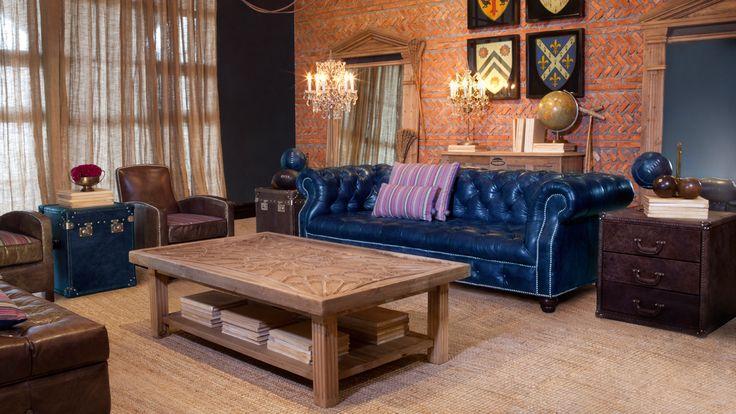 Timothy Oulton, a créé une collection exclusive spécialement pour l'Université d'Oxford. Étant donné leurs valeurs, visions et aspirations communes ainsi que l'important patrimoine britannique qu'ils partagent, l'Université d'Oxford et Timothy Oulton se sont naturellement associés pour créer une collection de meubles unique.