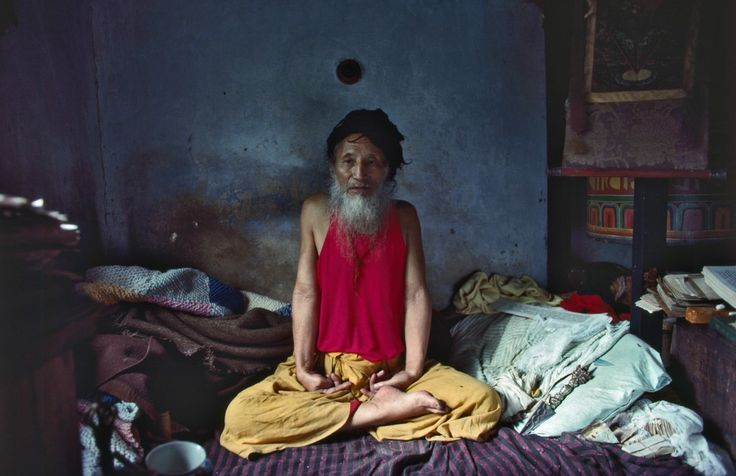 Dharma Eye · A Buddhist Photographer Collective