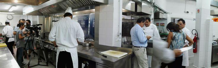 Colori, sapori e armonia … Ammaliati da uno splendido panorama e deliziati da una cucina a 5 stelle, lasciatevi conquistare dal magico lago di Como e dalle sue eccellenze! Massimiliano Mandozzi Executive Chef di CastaDiva Resort & Spa scelto dal pluripremiato #Chef Gennaro Esposito, 2 stelle Michelin, si racconta con la sua brigata di cucina! #castadiva #resort #spa #madeinitaly #viaggi #autunno https://lnkd.in/eEYJxaC