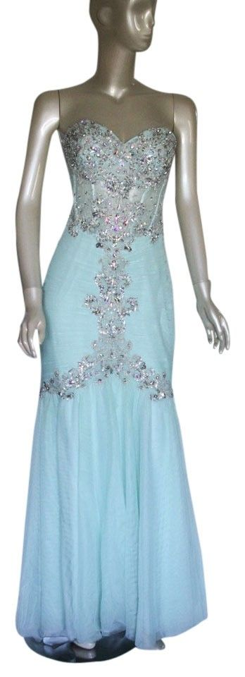 Chanpagne Coral Mint Gown Bridesmaids Strapless Elegant Dress. Free shipping and guaranteed authenticity on Chanpagne Coral Mint Gown Bridesmaids Strapless Elegant Dress at Tradesy. Amazingly beautiful mearmaid strapless swetheart d...