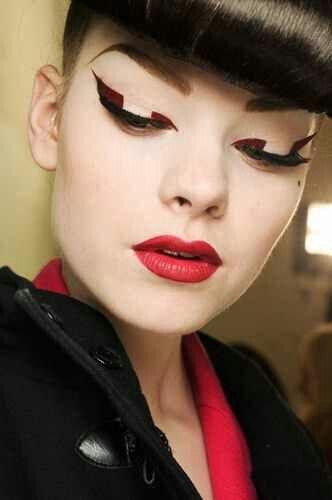 Graphic eyeliner! Love it!