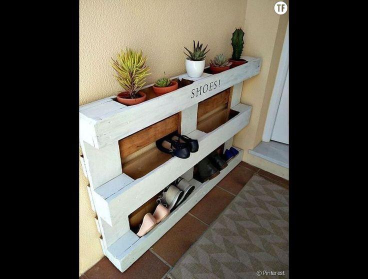 12 best white ladder shelf images on pinterest ladder - Meuble en palette com ...