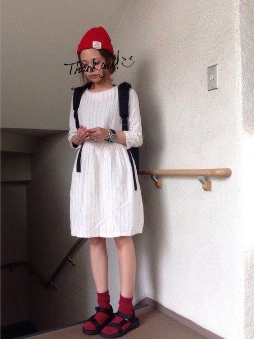 GUのワンピースを使ったskyのコーディネートです。WEARはモデル・俳優・ショップスタッフなどの着こなしをチェックできるファッションコーディネートサイトです。