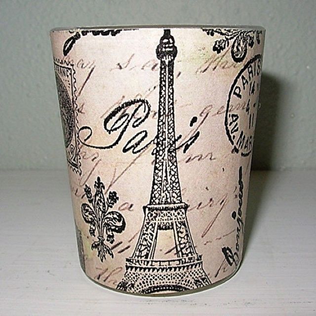 Beautiful Paris Trash Can :D
