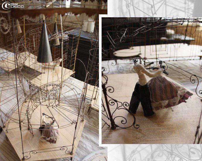 Création de Vox Populi : L'escalier en fil de fer