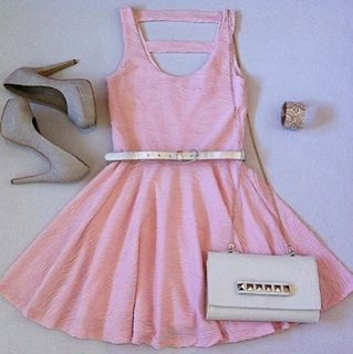 vestido juvenil.