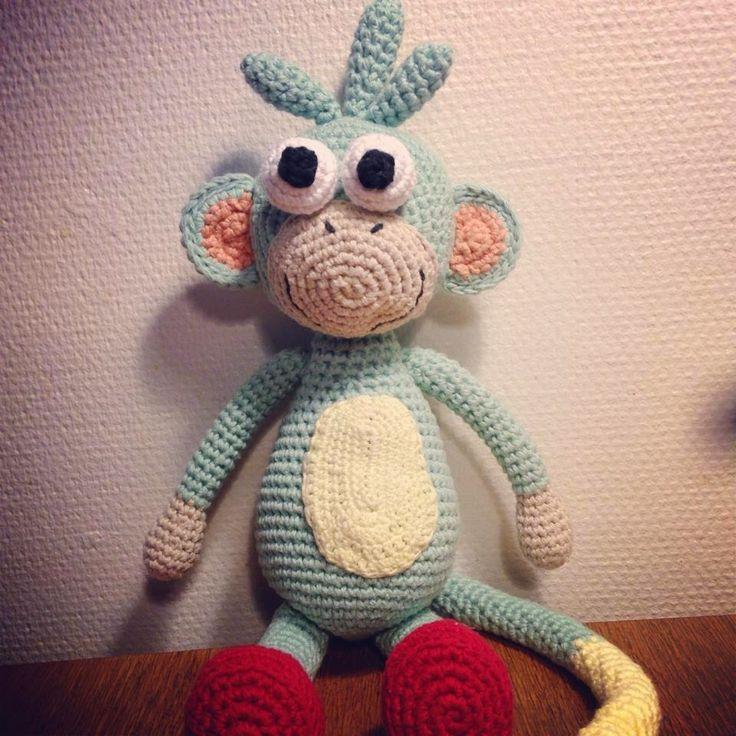 Garnkusserne   Lækre hækleopskrifter / DIY til dig, hjemmet og baby  : Aben Boots fra Dora the Explorer