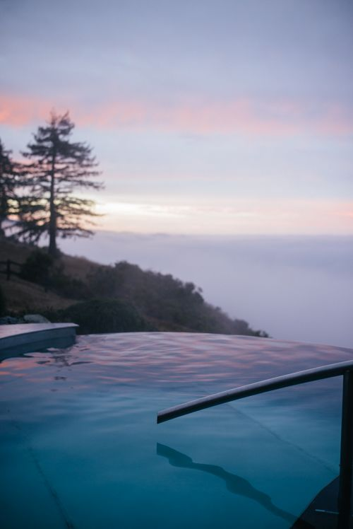 Gal Meets Glam Essential Guide to Big Sur California: Post Ranch Inn Hot Tub