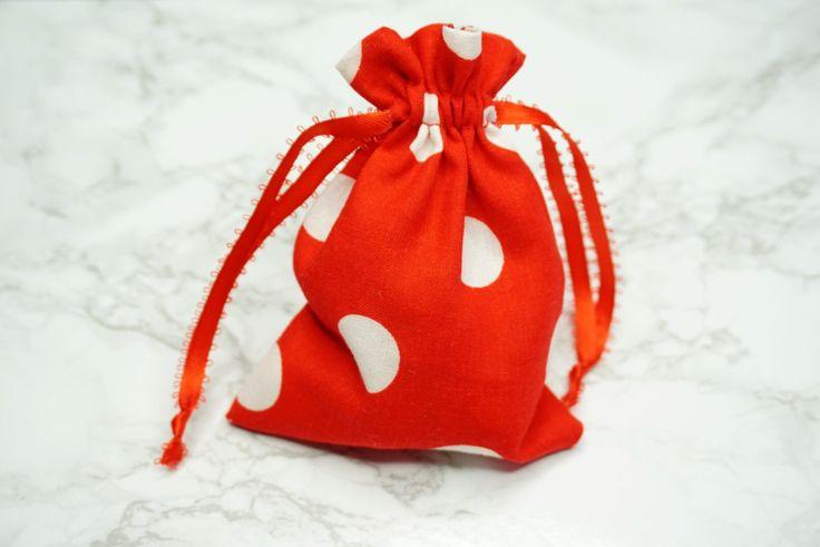Un favorito personal de mi tienda Etsy https://www.etsy.com/es/listing/475904301/25pk-minnie-mouse-party-favor-botin