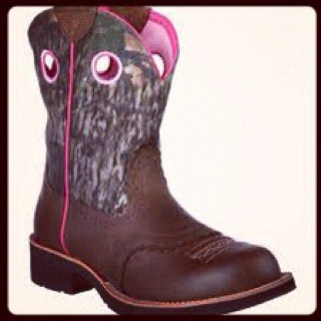 Camo and hot pink country cowgirl boots.