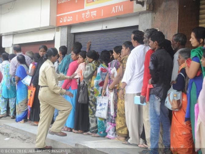 Harried bankers want to shut shop till there's enough cash - The Economic Times