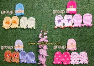 sarung tangan kaki carter idr 30rb per group isi 3psg https://indobayi.wordpress.com/2015/06/11/sarung-tangan-kaki-bayi-carter/