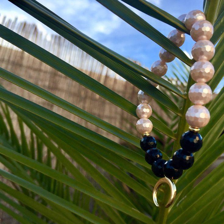 21 best bracelet perle images on pinterest pearl bracelet woman bracelet perle bracelet onyxbracelet femme bracelet lastiqueperle coquillagebracelet fandeluxe Gallery