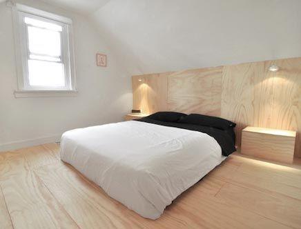 Houten wand in slaapkamer