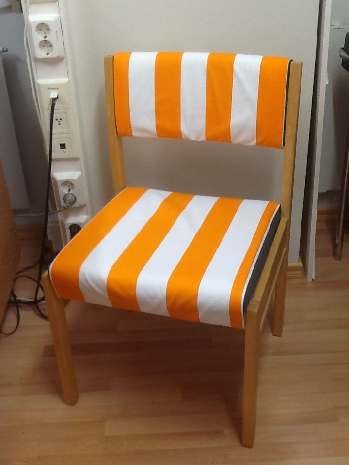 Chair cover. Easy to take off and wash.