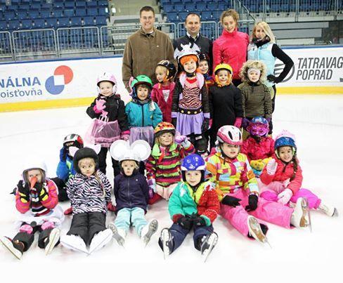 Spomienky na perfektnú akciu pre naše decká v Novom Meste :), korčuľovanie v maskách :)