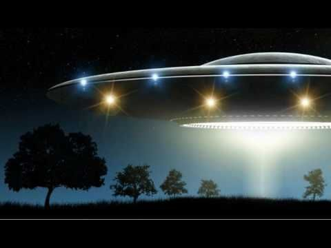Conspiracy Theorists Claim Government UFO Cover-Up As Terrified Witness ...