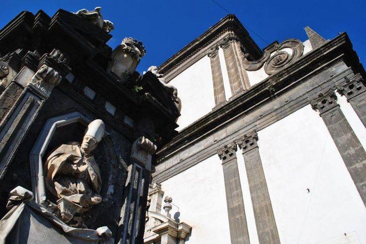 Napoli, un sogno d'amore per il restauro della Fontana del Formiello e dell'Edicola di San Gennaro