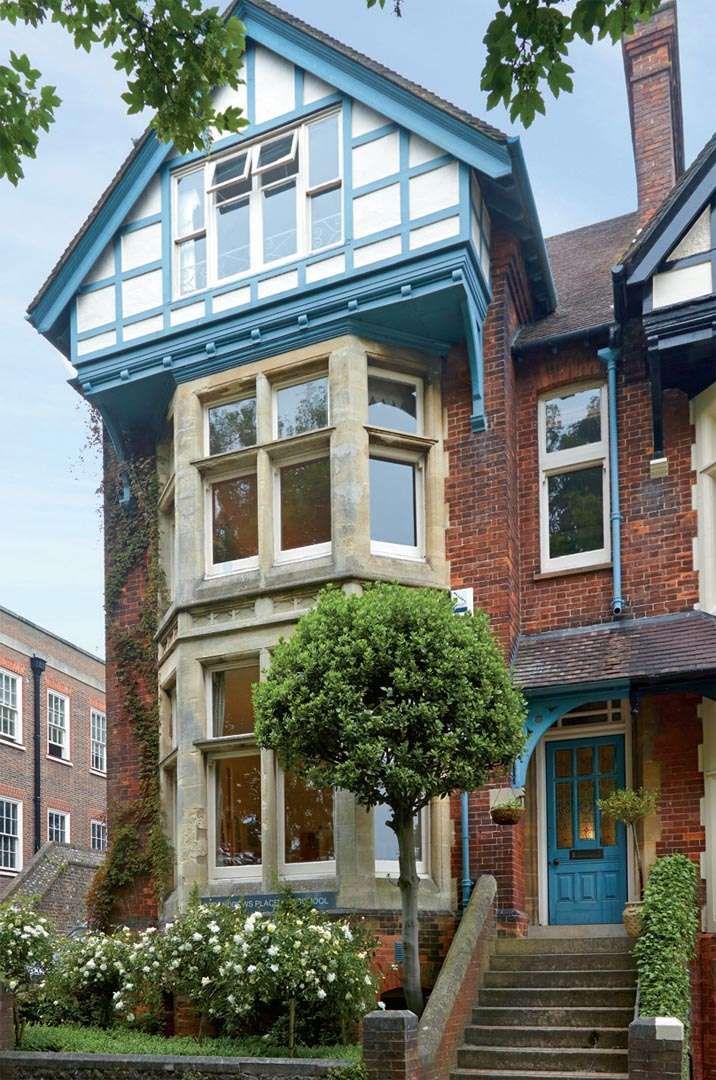 Uma casa vitoriana artística e cheia de cor