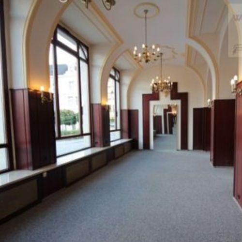 Stilvolle Gewerberäume im Herzen von Aue zu vermieten!