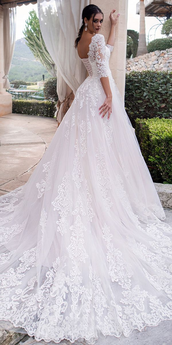 [239.00] Eye-catching Tulle Bateau Neckline A-line Wedding Dresses With Lace Appliques