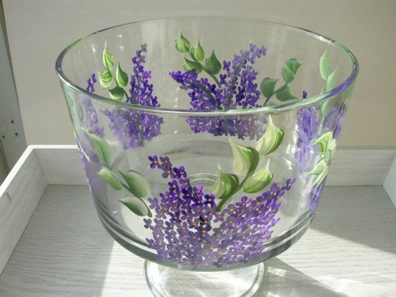 This pretty dish would make a beautiful gift for someone special or yourself. Lilacs are painted all around the dish.  The paint is heat cured for lasting beauty. Hand washing is recommended for best results.    Please if you have any questions feel free to email me. Have a beautiful day.    Mary Jean  xox