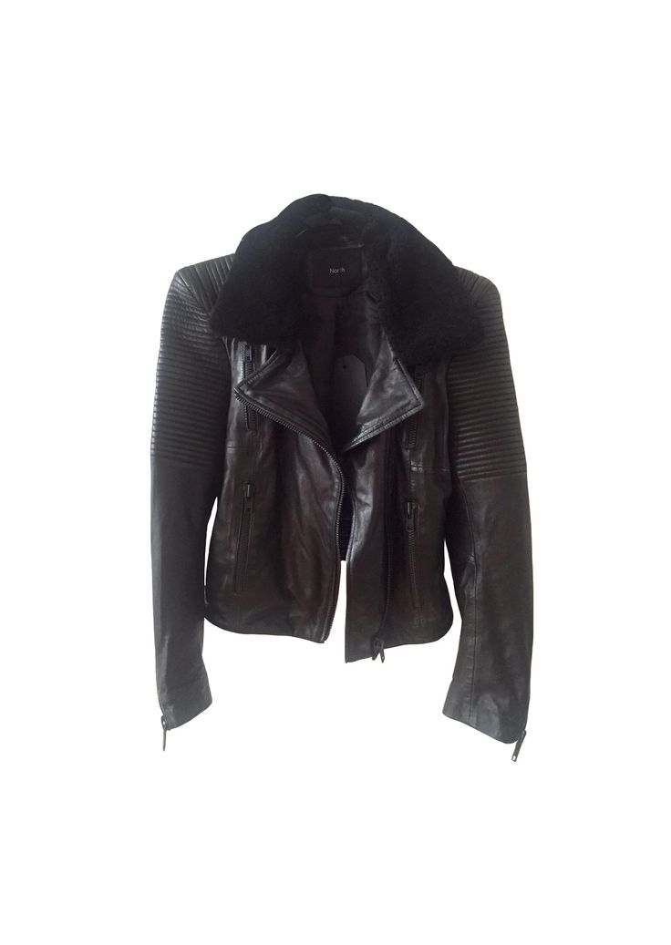 Leather jacket with (detachable) sheepskin collar