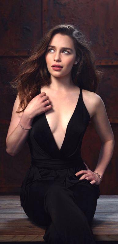 Emilia Clarke ♥ adorable