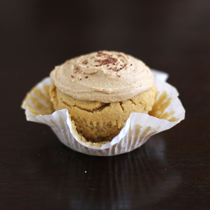 Vanilla Toffee Quinoa Cupcakes with Toffee Frosting Desserts with Benefits