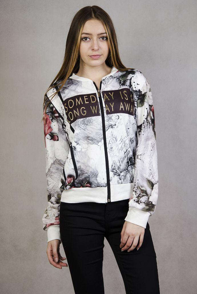 Bluza z motywem kwiatowym i napisem