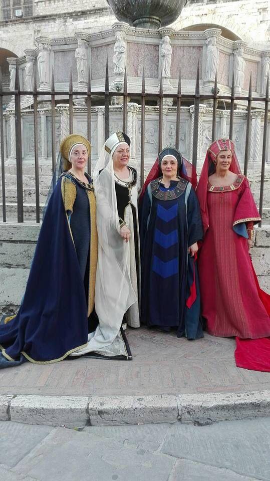 Delegazione Ente Palio dei Terzieri di Trevi a Perugia per il Lions Day 2016 #entepaliodeiterzieri #medioevo #trevi #gruppostoricotrevi #terzieredelcastello #terzieredelmatiggia #terzieredelpiano #ottobretrevano #paliodeiterzieri #umbriamedievale