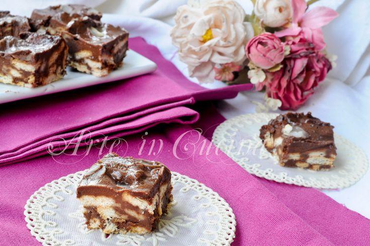Quadrotti di biscotti cioccolato e mascarpone veloci