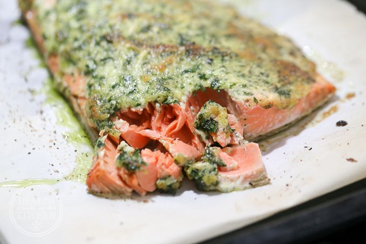 I'm not afraid to admit that I made this Delicious Baked Garlic Parmesan Salmon 4 days in a row for lunch. What I love about this recipe is that it's very easy to make (even from frozen salmon) and is an explosion of flavor. It's also packed full of healthy fats! By cooking your salmon from
