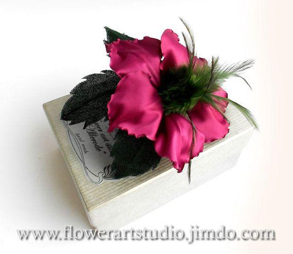 Purple+flower+for+sash%2C+Ffabric+flower+brooch%2C+Magenta+silk+flower%2C+Bridal+brooch%2C+Mother+of+a+bride+brooch.