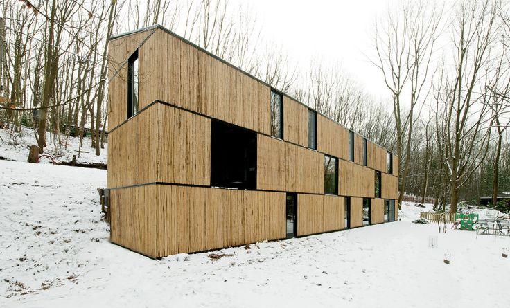 Casa de bambu de baixo consumo de energia / AST 77 Architecten