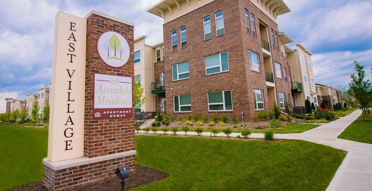 Pin By Ben Landhauser On Towncenter Multi Family Apartment Entrance Indianapolis Apartments Building