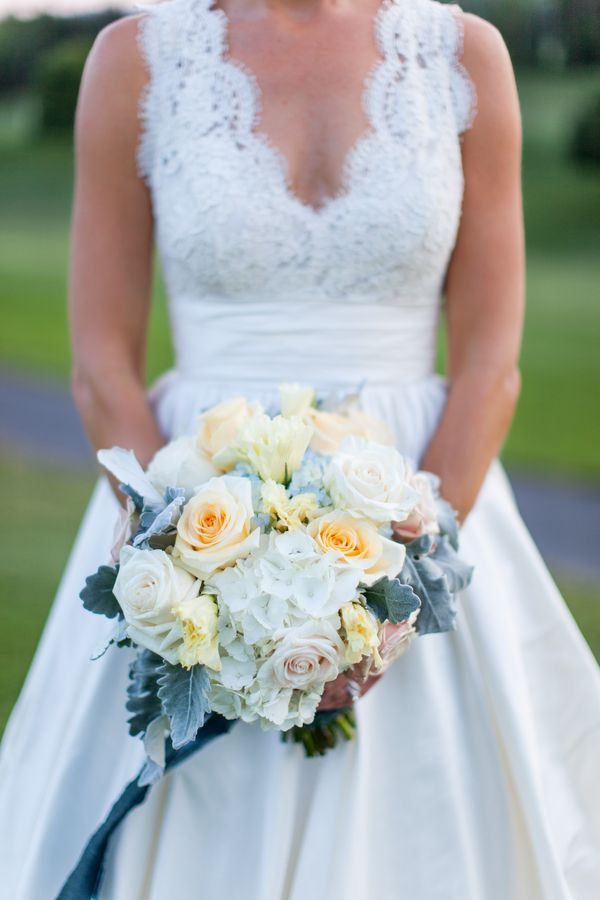 Buttery Yellow and Ivory Wedding bouquet