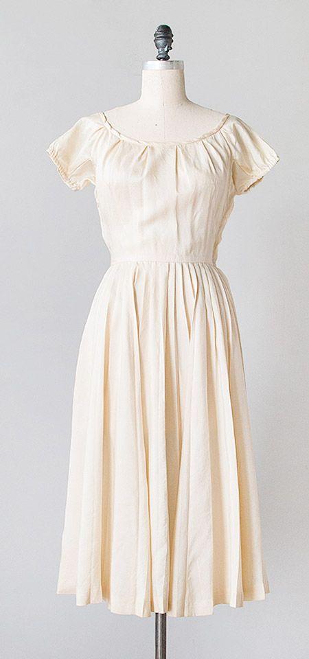 Vanilla Macaroon Dress c.1940s | vintage 1940s silk dress