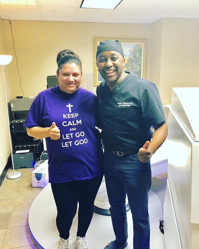 Who else does LASIK on Saturdays? LASIKBoss does. LASIK and SMILE on Fridays and Saturdays so you can recuperate over the weekend. Call 214 328-0444 #lasikboss #Saturday #Boss #GOAT #sidgicherumd #StayCalm #lasercareeyecenter