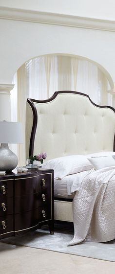 Die besten 25+ Nachttisch vintage weiß Ideen auf Pinterest - luxus schlafzimmer design