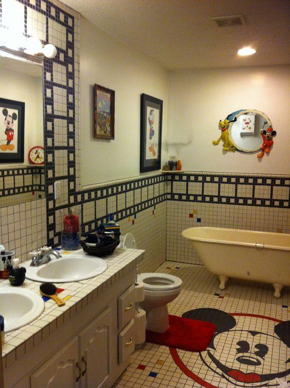 32 best disney bathroom images on pinterest disney house - Disney mickey mouse bathroom decor ...