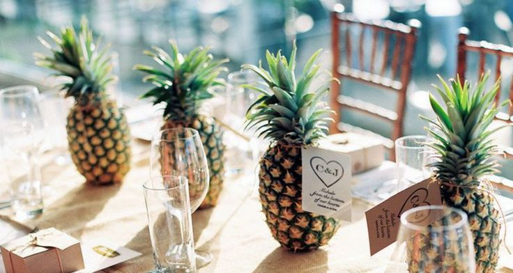 Ideas For The Tropical Themed Wedding: 25+ Best Ideas About Luau Wedding On Pinterest