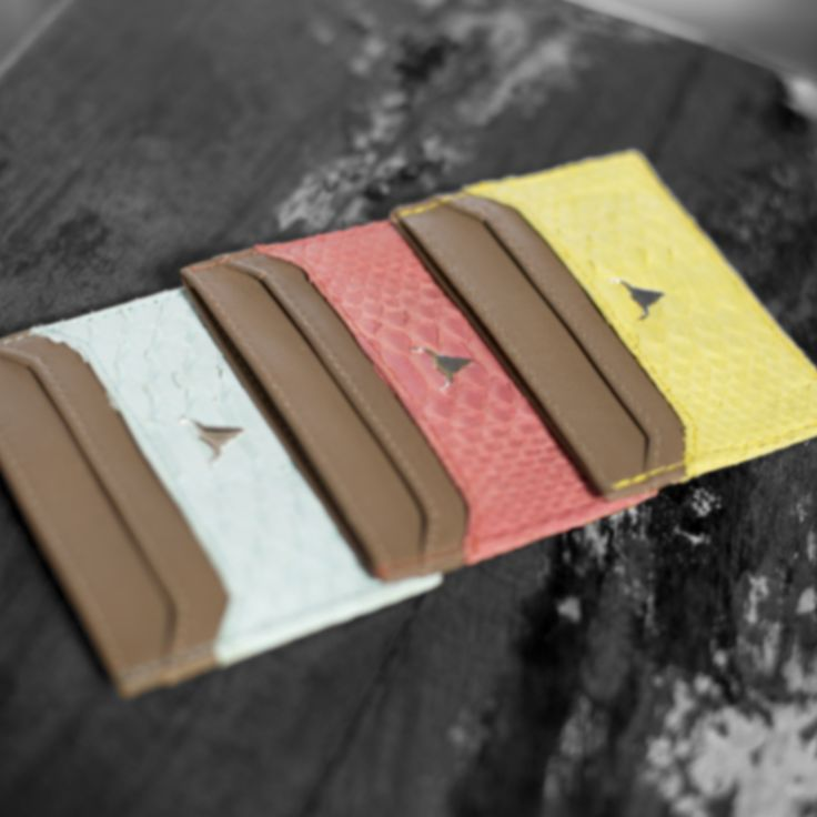 Discover our new card holder made of python. His available on our website